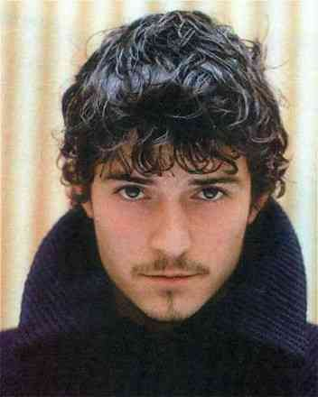 orlando-bloom-with-curls.jpg