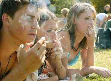 1321.fumadores adolescentes