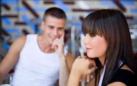 Cómo saber si le gustas a un hombre