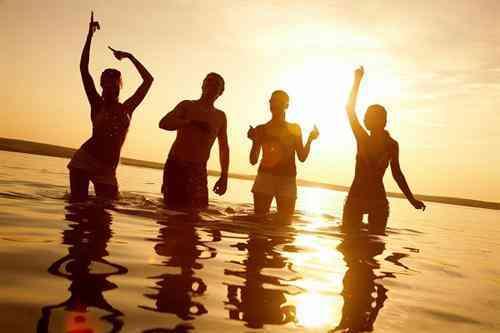 fiesta-ibiza-playa