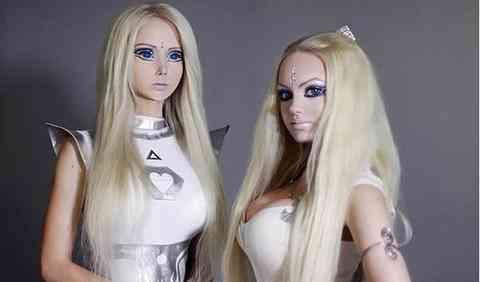 barbie gemela hermana