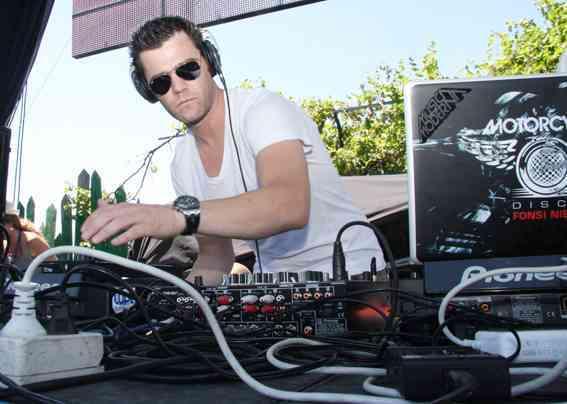 Fonsi Nieto DJ